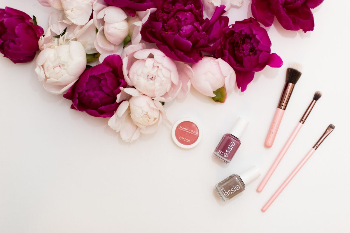 When to hire a makeup artist 2 Photo by: Katy Murray Photography