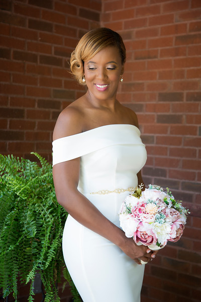 Summer wedding kari roberts makeup artist bride  3